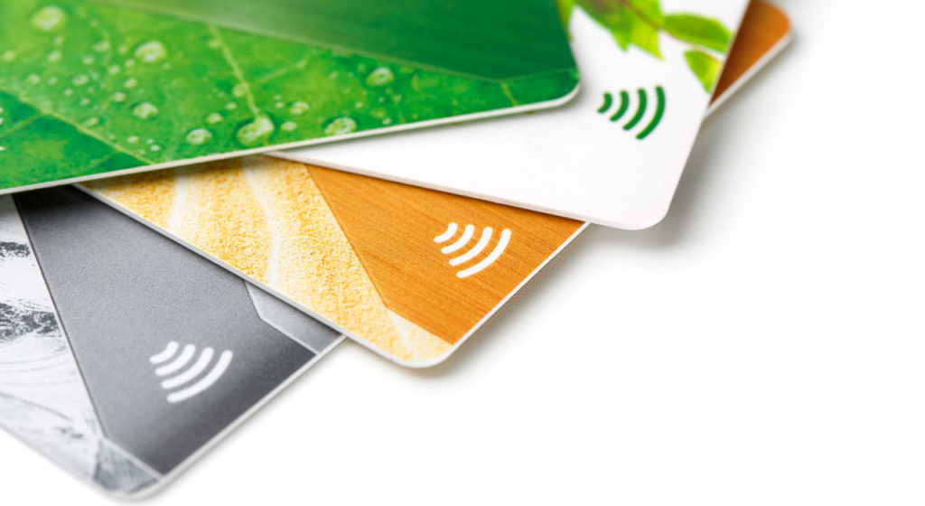 Contactless credit cards are one type of RFID card